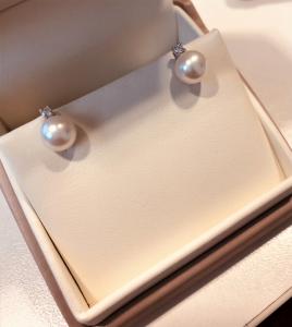 Orecchini perle bianche naturali Genesia
