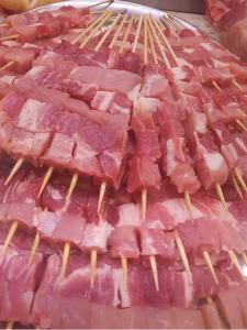 Arrosticini di maialino nero casertano dei nostri allevamenti - Peso 500 gr c.ca