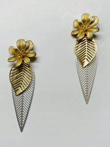 Orecchini in ottone pendenti floreali