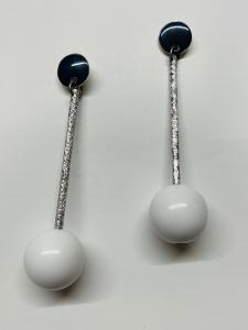 Orecchini in alluminio con sfere