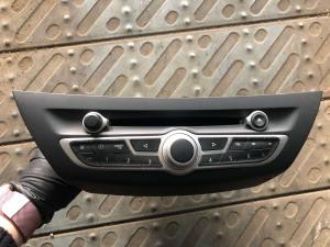 Autoradio usato Renault Laguna 3à serie 281155676r