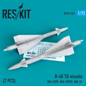 R-40 TD missile