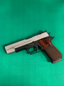 Sig Sauer P220 45