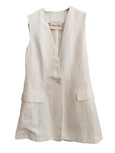 Gilet in lino gessato panna con tasca applicata | mono bottone sul davanti |lunghezza sui fianchi | modello affiancato | Made in Italy