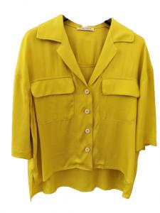 Camicia donna gialla   in viscosa e cotone   mezza manica   con tasche anteriori   leggermente asimmetrica  Made in Italy