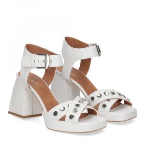 Il Laccio sandalo A1208 in pelle bianco