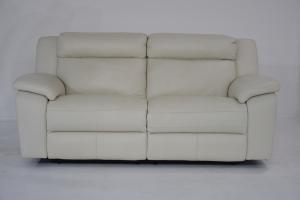 CRISPIAN - Divano relax 3 posti in pelle di colore avorio dotato di meccanismi recliner elettrici