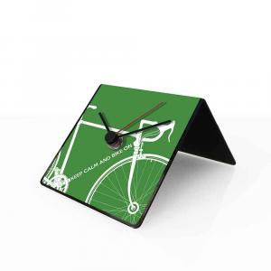 Orologio da tavolo con calendario perpetuo Bike verde 10x10x10 cm