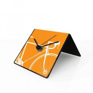 Orologio da tavolo con calendario perpetuo Bike arancione 10x10x10 cm