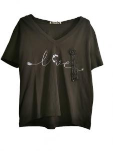 Maglia donna| in cotone stretch nero | scollo a V | con scritta tono su tono |manica corta | Made in Italy
