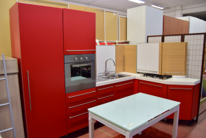 Kitchen Angular Red R White Included Of Oven,floor C.sink,dishwasher