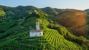 Romantic cycling weekend on Prosecco hills