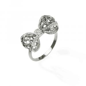 Anello a fiocco in argento e pavé di zirconi bianchi