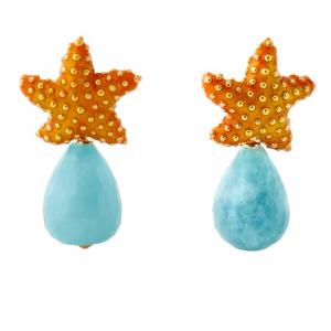 Orecchini pendenti in argento con stella marina in smalto e goccia di quarzo celeste