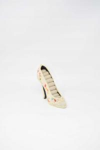 Holder Rings Shape Of Shoe Heel