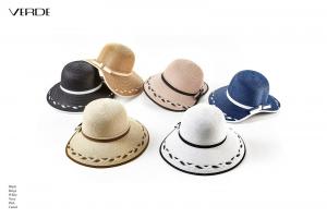 Cappello da donna con tesa asimmetrica. Shop online cappelli estivi