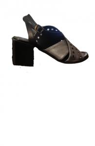 Sandalo donna   pelle nera sfumata grigiob  incrociata   Made in Italy