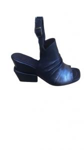 Sandalo donna| pelle nera sfumata| laccio alla caviglia| Made in Italy