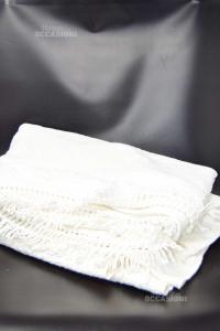 Copriletto Matrimoniale Bianco Con Frange