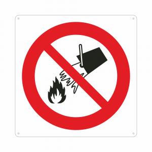 Cartello con simbolo vietato usare acqua per spegnere incendi