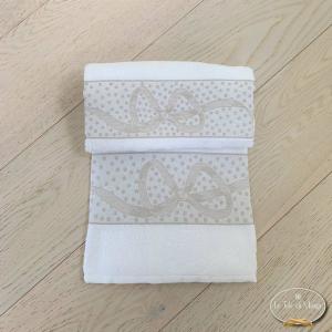 Asciugamani fiocchi bianco