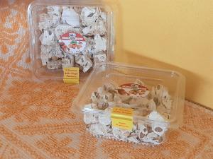 Vaschetta Torrone Mandorle e Miele - Tagliato a pezzi - 400 g