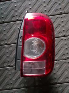 Fanale dx usato Dacia Duster 2010>