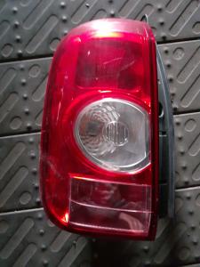 Fanale sx usato Dacia Duster 2010>