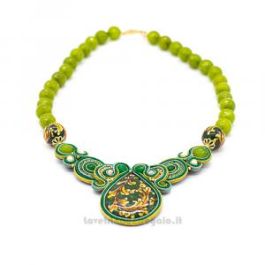Collana in soutache verde con pietre dure di onice e sfere in ceramica di Caltagirone - Gioielli Siciliani