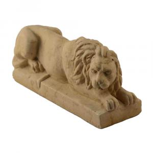 Leoncino fermacarte in marmo di Trani fatto a mano