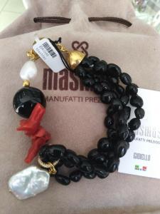 Bracciale multifilo con pietre dure nero e rosso MasMas Made in ITALY BR/086