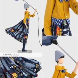 Lampada Skitso in legno con abiti inamidati Little Girl Travis Blue