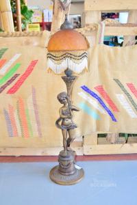 Lampada Di Bronzo Raffigurante Donna Seminuda Con Campana In Vetro Altezza 90 Cm