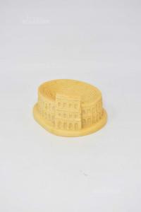 Oggetto Colosseo In Pasta