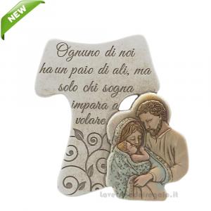 Croce Tau con Sacra Famiglia e scritta in polvere di marmo 11x14 cm - Bomboniera comunione e battesimo