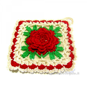 Presina con fiore rosso ad uncinetto 17x17 cm Handmade - Italy