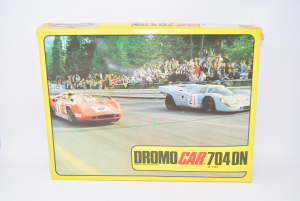 Track To Play Complete Model Vintage Dromo Car 704dn (from Provare)