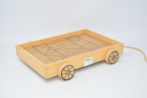 Game Cart Per Kids In Wood Rectangular With Wheels 22x32