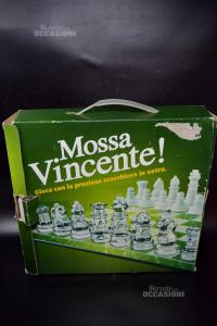 Game Glass Checkboard Mossa Vincente!