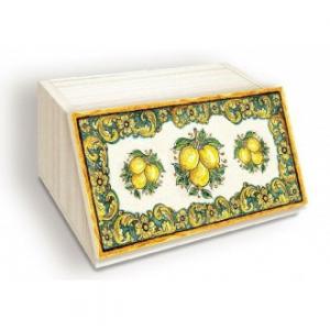 Porta Pane In Legno Con Apertura Frontale Colore Giallo Chiaro Stile Shabby Azulejos Lemon Con Decorazioni Forme Geometriche Casa Cucina Antica