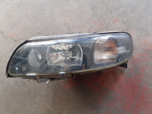 Proiett. LED sx usato Volvo S60 LED '00>'09<