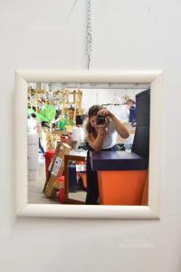 Specchio Con Bordo In Legno Bianco 70 X 70 Cm