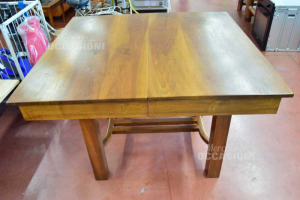 Tavolo In Legno Apribile Quadrato 110 X 110 Cm