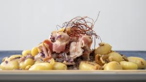 Gnocchi di patate con crema di bufala e noci 10€