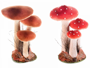 Un tris di funghi rivestiti in carta e stoffa da appoggiare