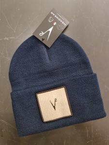 Cappello blu con pach in velluto