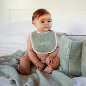 Set Neonato (triangolo, bavaglino e asciugamani) - Personalizzabile