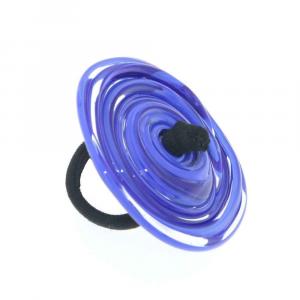 Anello artigianale di design in vetro di Murano Vortice XL 6°chakra blu