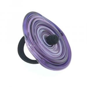 Anello artigianale di design in vetro di Murano Vortice XL 7° chakra viola