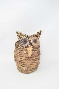 Holder Plants In Straw Shape Owl